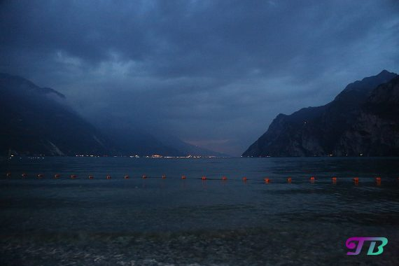 Italien Gardasee Riva Abend Berge