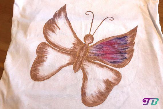 Schmetterling Shirt DIY Perlfarben ausmalen