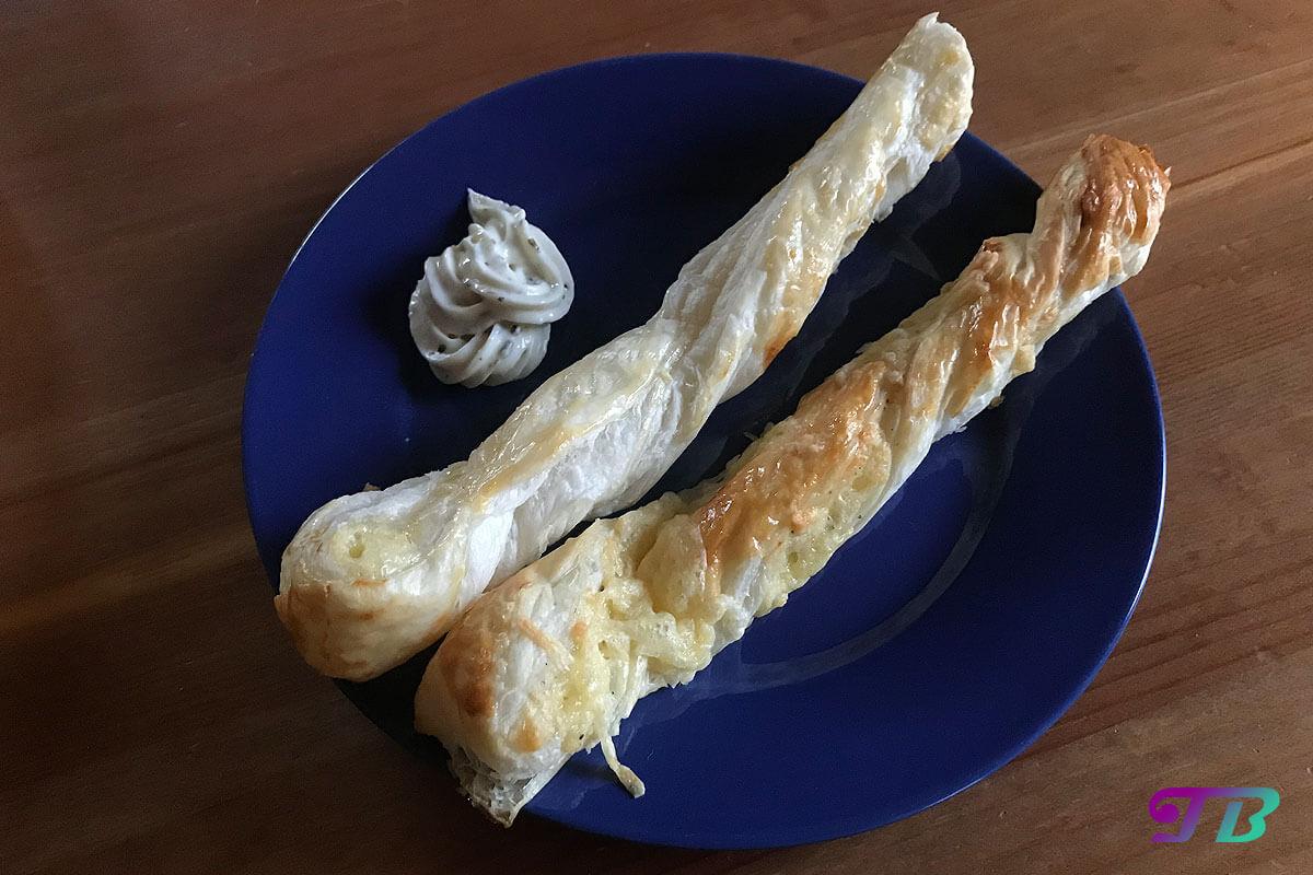 Käsestangen – schnelles Fingerfood nicht nur für Partys