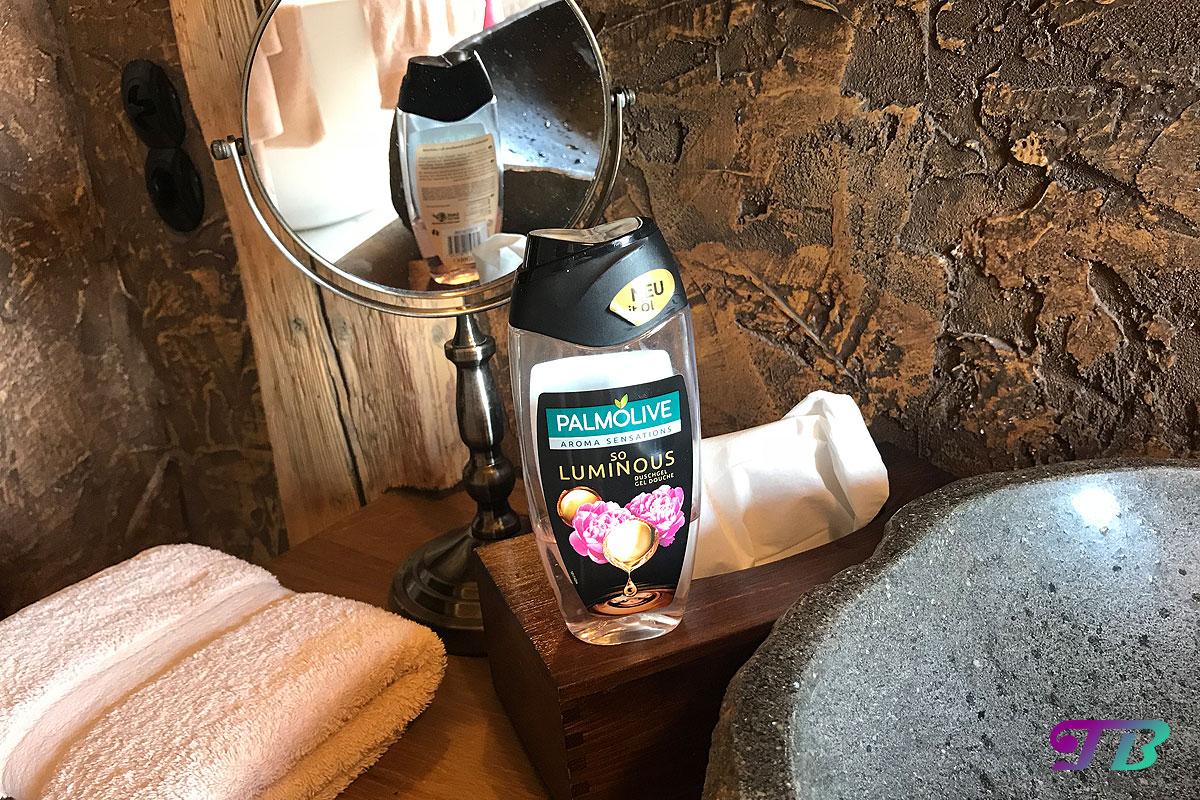 Palmolive Aroma Sensations Duschgel Waschbecken