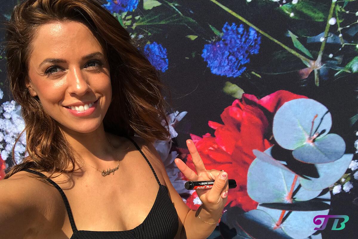 Vanessa Mai – Autogrammstunde der sympathischen Sängerin im Sonnenhof
