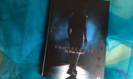 """Vanessa Mai hautnah in ihrem Buch """"Die Reise beginnt"""""""