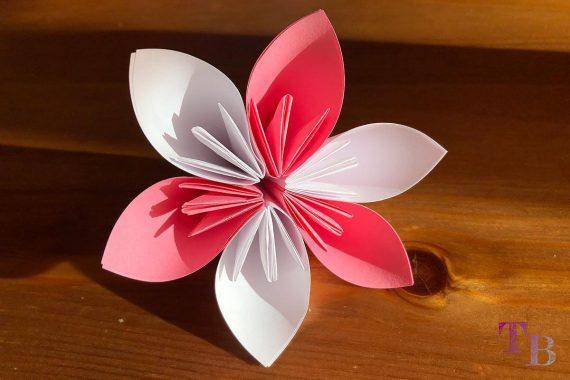 Blüten Papier Kusudama DIY Blume