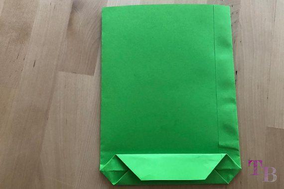 DIY Papiertüte DIN A4 Blatt Boden