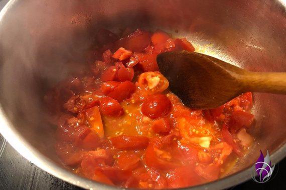 Tomatensauce Olivenöl Tomaten