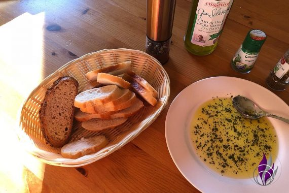 Bruschetta trockene Weißbrotscheiben Olivenöl