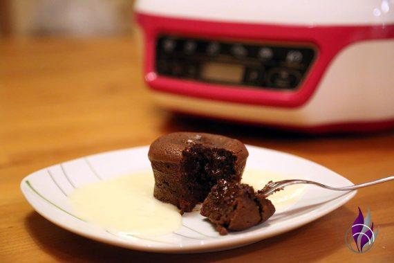Cake Factory Lavakuchen genießen