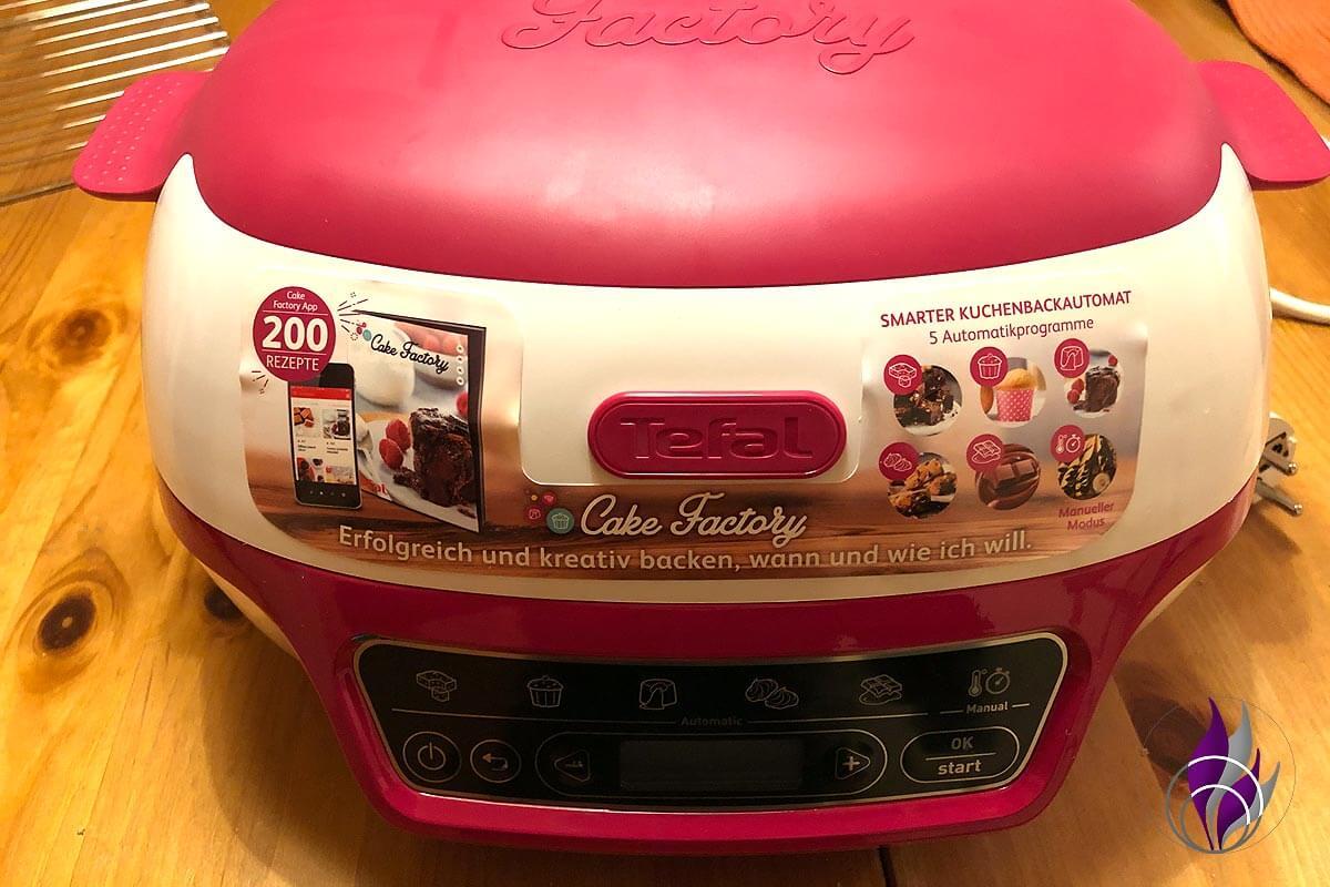 """<span class=""""sponsored_text""""> Sponsored Post</span> Cake Factory: Einfach und schnell Backen mit dem Kuchenbackautomat"""