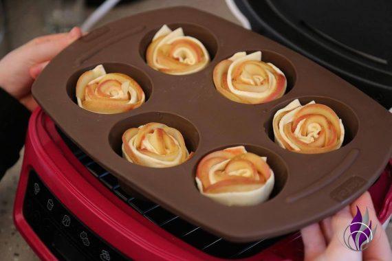 fun4family Apfel-Blätterteigrosen Muffinform in Cake Factory