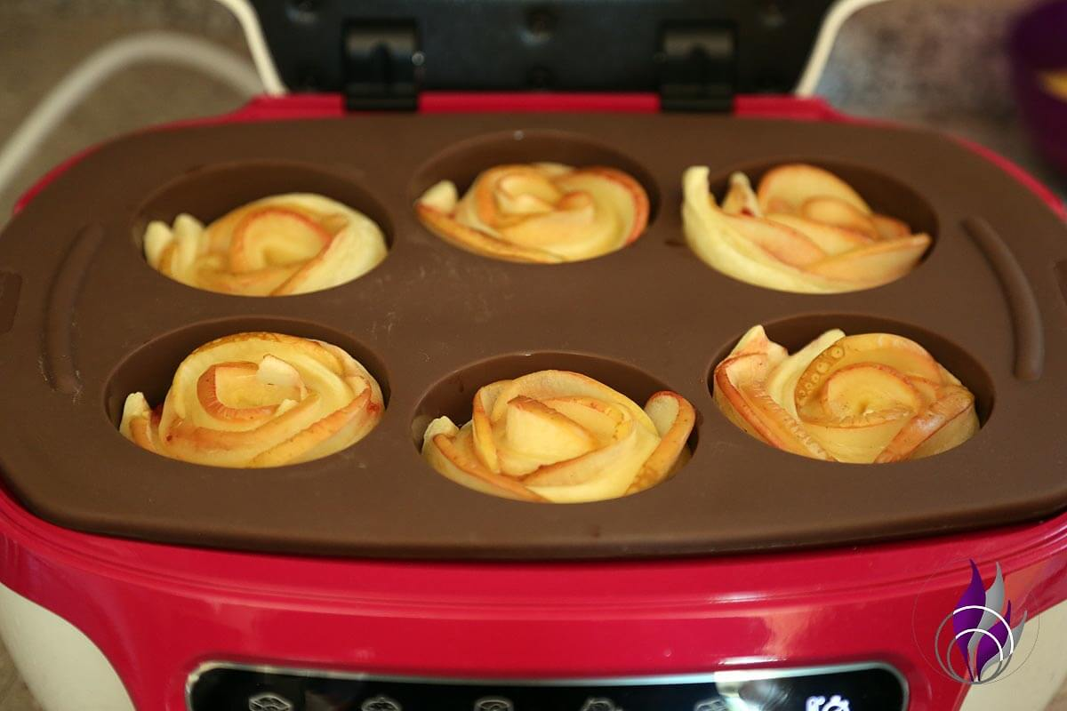 fun4family Apfel-Blätterteigrosen fertig gebacken