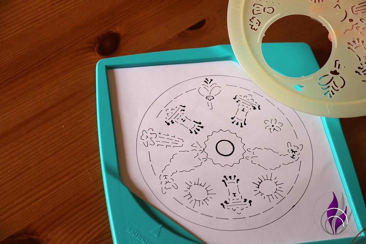 fun4family Mandala Designer Lama Motiv