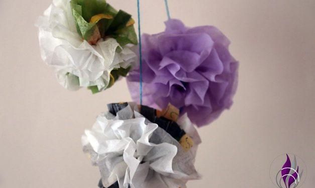 Dekorative Pompon Rosen aus Servietten – DIY Serviettenblume