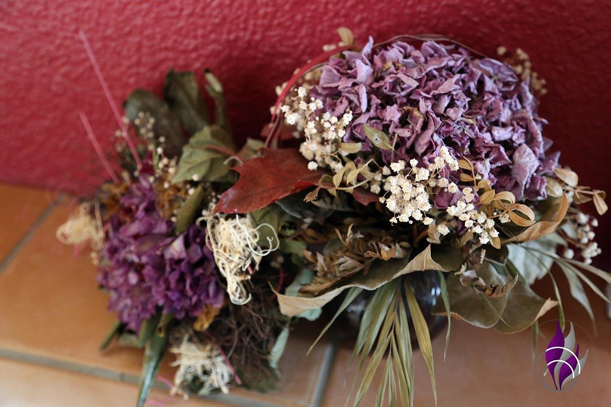 fun4family Haarspray Anwendung Blumen trocknen