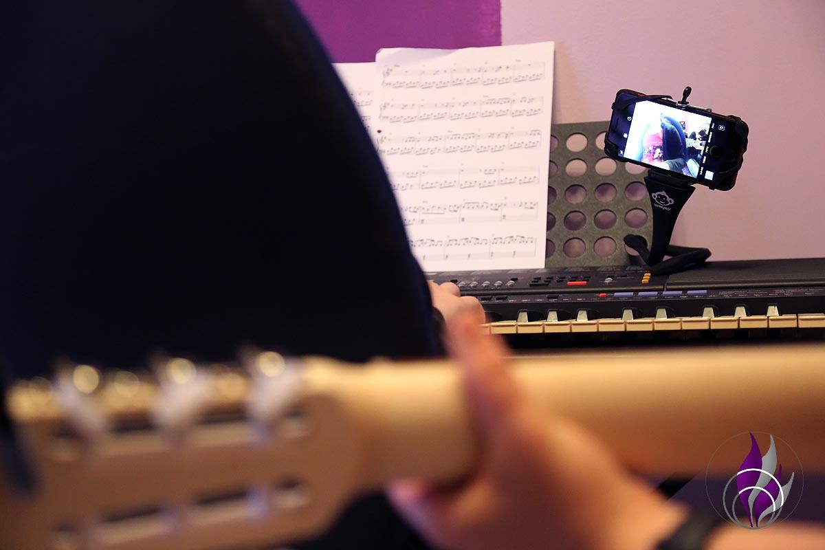 fun4family monkeystick flexibler Selfie Stick Musik aufnehmen