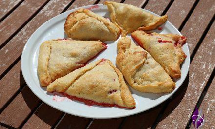 Zuckerfreie Quarktaschen mit Erdbeer- und Apfelfüllung