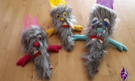Upcycling Schultüte – aus alten Zuckertüten werden kleine Monster