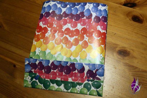 fun4family Geschenktüte Papiertüte fertig gefaltet