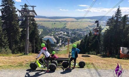Monsterroller fahren in Oberwiesenthal – Die grünen Monster sind los