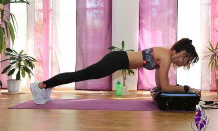 Übung Vibrotraining: Plank auf der 4D Vibrationsplatte