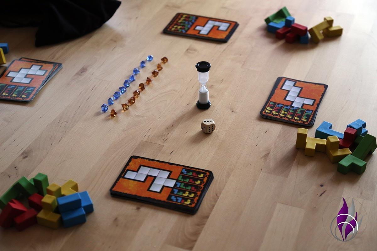 fun4family Denkspiel Ubongo 3D Family Spiel Aufbau