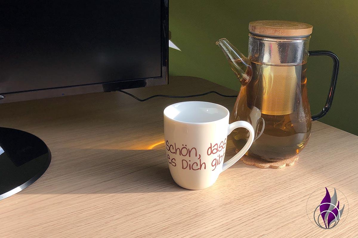 fun4family amapodo Glas-Teekanne Schreibtisch