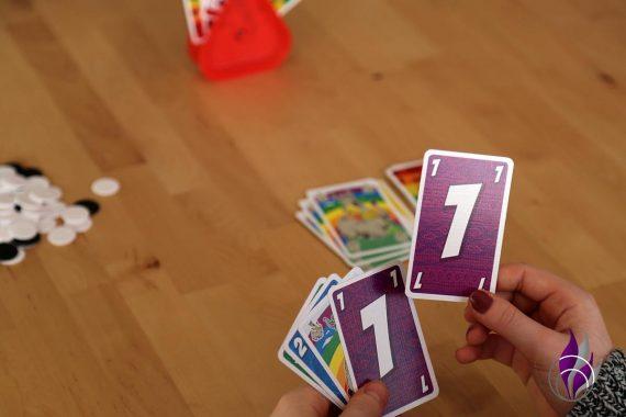 fun4family LAMA nimm's lässig Spiel Karte eins legen