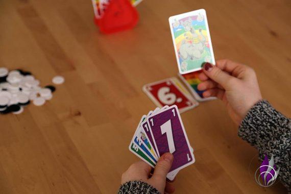 fun4family LAMA nimm's lässig Spiel Karte ziehen