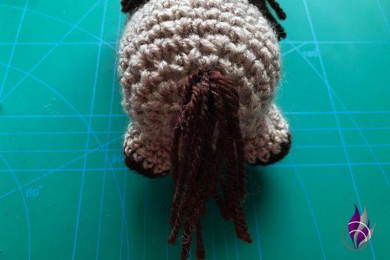 fun4family Wollowbies Häkelfigur Pferd Schwanz