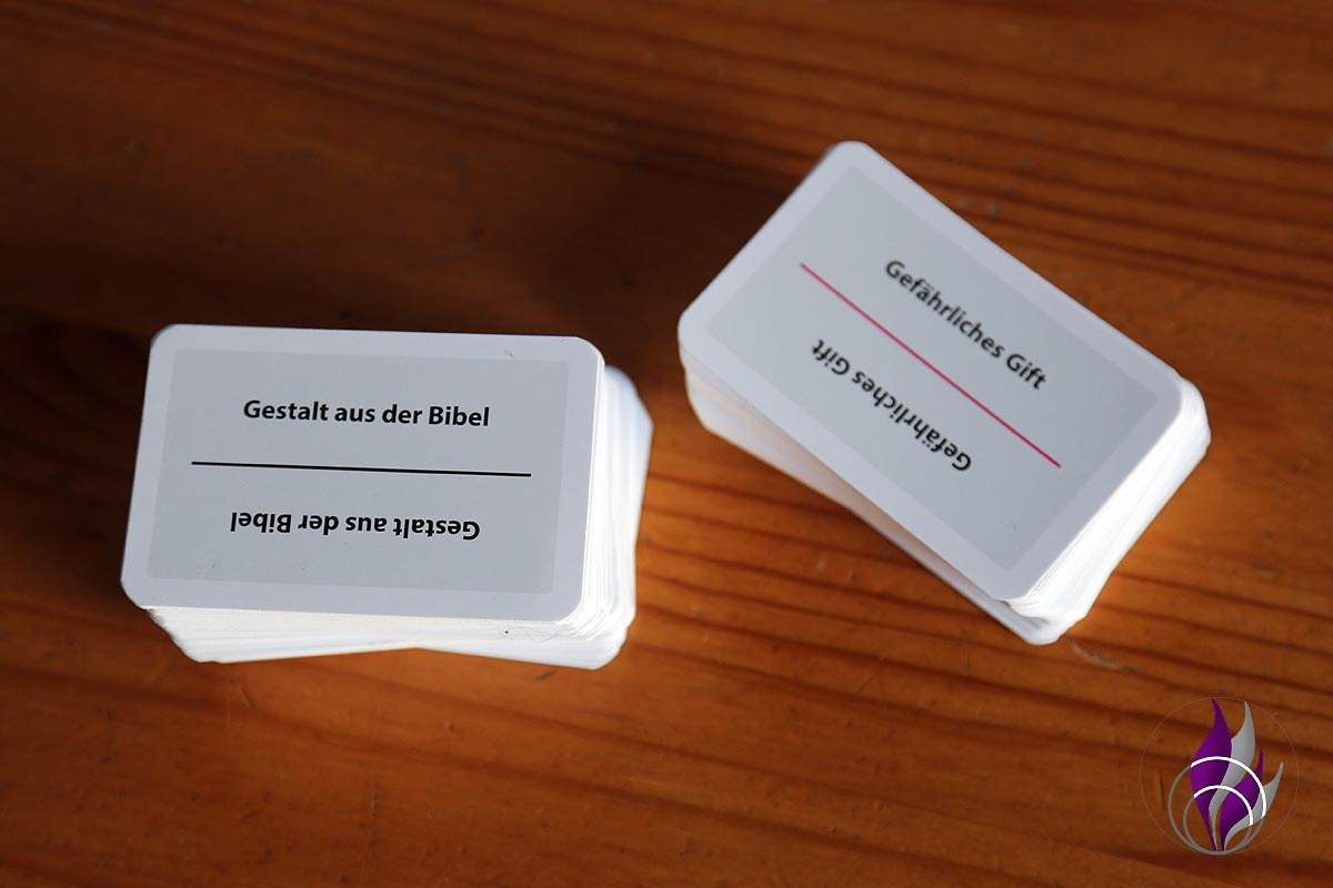 fun4family Krazy Wordz Partyspiel Ravensburger Aufgabenkarten Schwierigkeiten