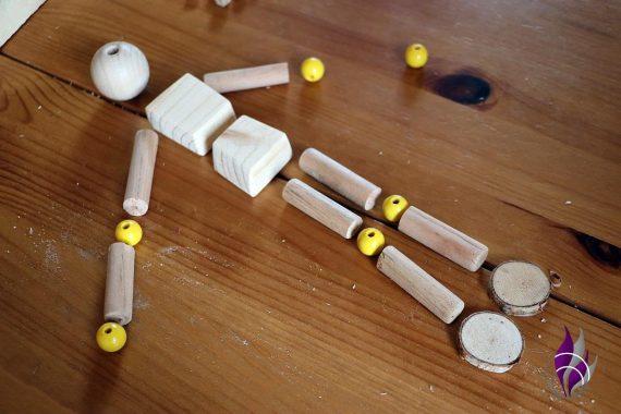 fun4family Wooddoll Holzpuppe zusammenlegen 1