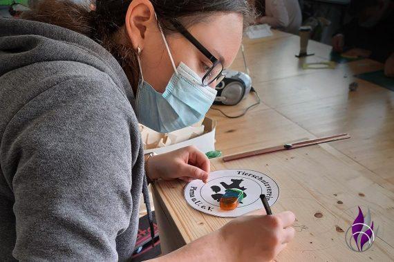 Schulprojekt Tierheim Spende Spendenbox gestalten